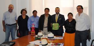 Una delegaci� de la Mancomunitat Ca�ari d'Equador visita Vila-real per a con�ixer el seu model de gesti� tur�stica