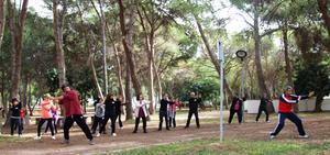 Una jornada saludable ensenya a cuidar-se amb tallers motivacionals i de relaxaci� en El Termet