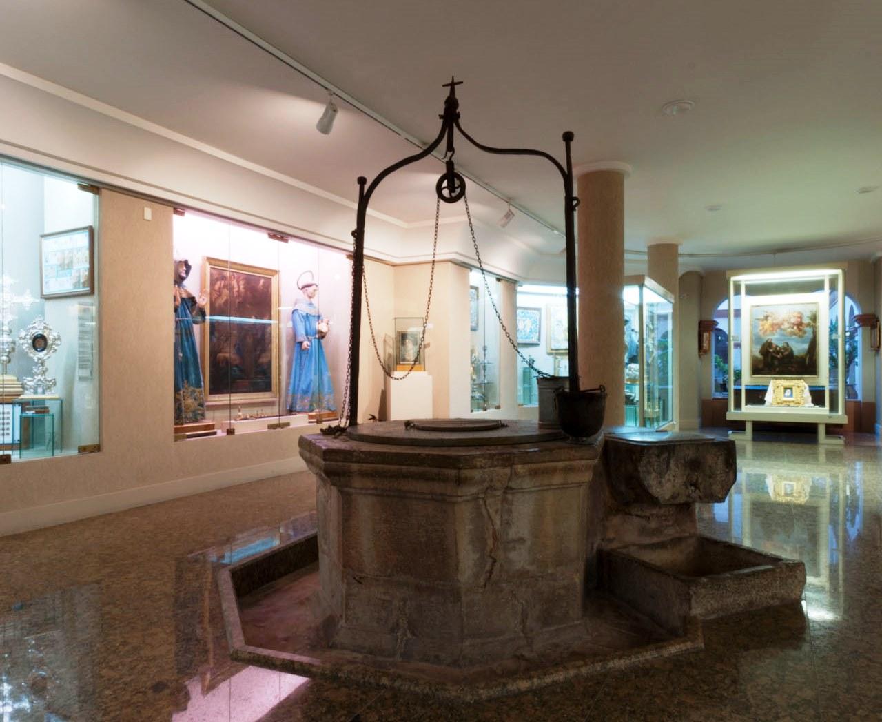 Museo del pouet del sant bas lica de san pascual for Horario piscina vila real