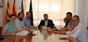 Participaci� tanca el reglament del Defensor del Ve� amb la incorporaci� de l'acord de tots els grups municipals