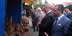 Benlloch i Obiol participen a Michalovce en la inauguraci� de la Fira de Zempl�n i reforcen lla�os de cooperaci� amb la ciutat agermanada d'Eslov�quia