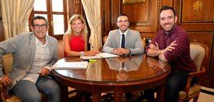 Vila-real i Castell� signen un conveni per a compatibilitzar el servei de pr�stec de bicicletes de tots dos municipis