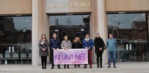 La corporaci� municipal condemna els assassinats masclistes de dues dones a Val�ncia i Gandia