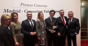 Benlloch felicita Porcelanosa per la recepci� del premi Conexus