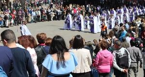 Vila-real entra en la Setmana Santa amb la Tamborada de confraries locals