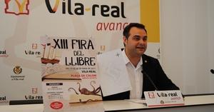 La Fira del Llibre de Vila-real es trasllada al cor de la ciutat per a celebrar els seus 13 anys amb una vintena d'expositors