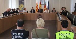 La Policia Local de l'�rea metropolitana de Castell� llan�a a Vila-real la seua imatge i la primera campanya conjunta per a la cooperaci� municipal en mat�ria de seguretat
