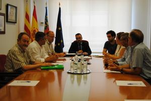 L'Ajuntament i l'Associaci� de Transportistes de Vila-real donen un nou impuls a l'aparcament de camions