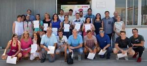 Tots Units lliura els diplomes dels alumnes dels tallers prelaborals