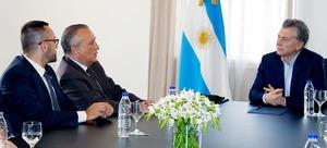 Benlloch trasllada el projecte de Ciutat del Futbol al president d'Argentina per a obrir noves oportunitats a Vila-real