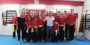 Benlloch i G�mez visiten l'Escola de Kung-Fu Vila-real