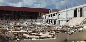 Vila-real accelera els tr�mits per a la demolici� de naus abandonades al cam� de les Voltes i refor�a la vigil�ncia