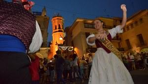 El ball de pla�a marca el pas de les festes amb la XI Mostra Arrels