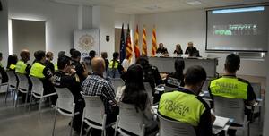 La Policia Local, la C�tedra de l'UJI i l'Ivaspe imparteixen a Vila-real un nou Curs Intensiu en Mediaci� Policial