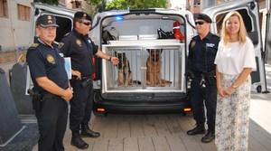 La Policia Local dota la Unitat Canina d'una nova furgoneta completament condicionada per al transport dels gossos policia