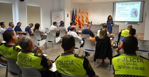 La Policia Local es forma en habilitats socials per atendre la ciutadania