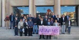 L'Ajuntament condemna l'assassinat masclista d'Elda
