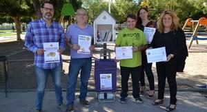 Vila-real llan�a el projecte Nius de llibres per animar la lectura en jardins i espais p�blics amb una primera caseta a la Maiorasga
