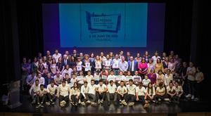 Fundaci� Flors premia els alumnes 'ambaixadors' del centre i les entitats col�laboradores