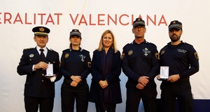 La Conselleria de Just�cia, Interior i Administraci� P�blica reconeix al comissari principal i a tres agents de la Policia Local de Vila-real